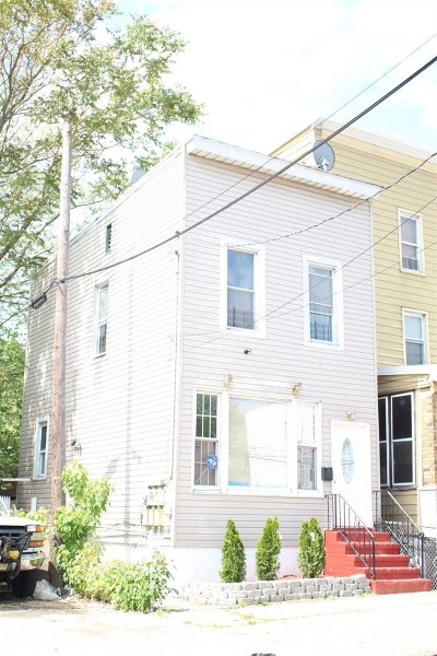 Jersey City Single Family Home For Sale: 7 Stevens Ave