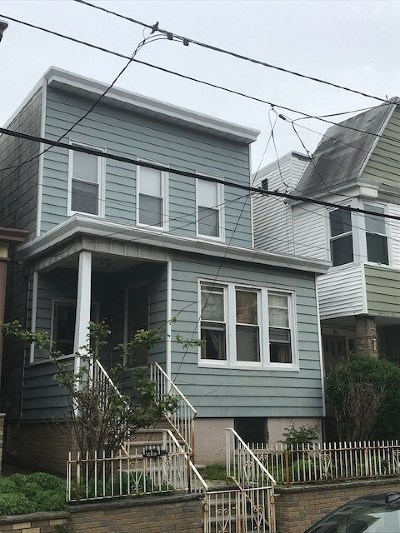Jersey City Single Family Home For Sale: 96 Brown Pl