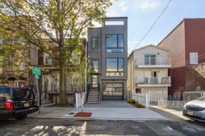 Jersey City Condo/Townhouse For Sale: 948 Summit Ave #1