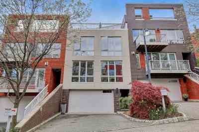 Edgewater Condo/Townhouse For Sale: 24 Vela Way