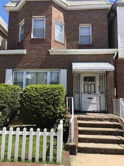 Union City Multi Family Home For Sale: 814 15th St