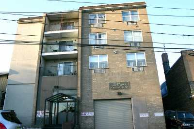 North Bergen Condo/Townhouse For Sale: 1441 Union Turnpike #A7