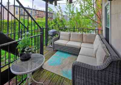 Jersey City Condo/Townhouse For Sale: 352 7th St #4