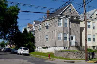 Kearny Multi Family Home For Sale: 220 Laurel Ave