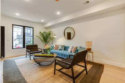 Jersey City Single Family Home For Sale: 323 7th St