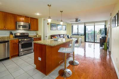 Jersey City Condo/Townhouse For Sale: 700 Grove St #6N