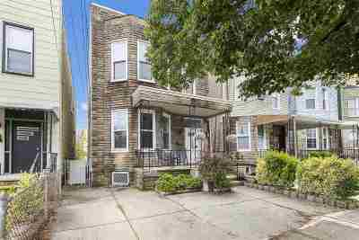 Weehawken Single Family Home For Sale: 219 Dodd St