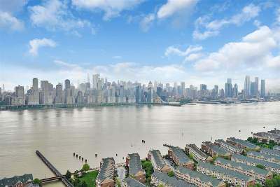 West New York Condo/Townhouse For Sale: 6600 Blvd East #18M