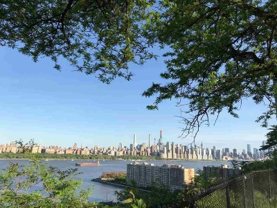North Bergen Condo/Townhouse For Sale: 8300 Blvd East #1A