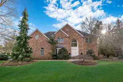 Closter Single Family Home For Sale: 40 Lawrence Ct