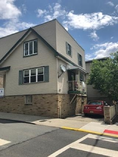 West New York Single Family Home For Sale: 6200 Jackson St
