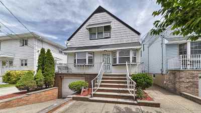 Bayonne Multi Family Home For Sale: 33 Washington Parkway