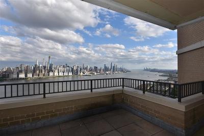 Guttenberg Condo/Townhouse For Sale: 7002 Blvd East #43C