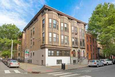Jersey City Condo/Townhouse For Sale: 168 Coles St #2D
