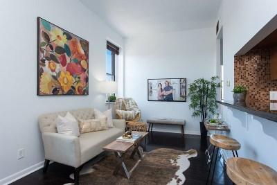 Jersey City Condo/Townhouse For Sale: 186 Wayne St #324D