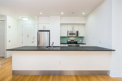 Jersey City Condo/Townhouse For Sale: 4 Beacon Way #604