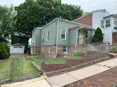 North Bergen Single Family Home For Sale: 1514 71st St