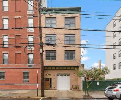 Hoboken Condo/Townhouse For Sale: 331 Jefferson St #1