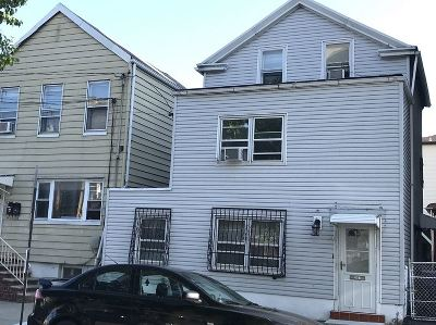 Jersey City Single Family Home For Sale: 941 Pavonia Ave