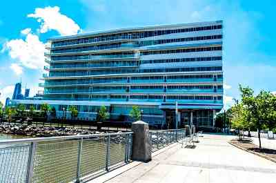 Weehawken Condo/Townhouse For Sale: 800 Avenue At Port Imperial #716