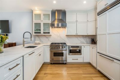 Hoboken Single Family Home For Sale: 162 7th St
