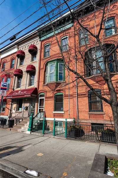 Jersey City Single Family Home For Sale: 133 Palisade Ave