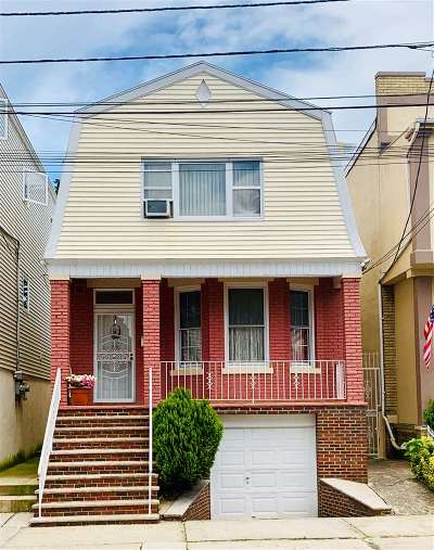 West New York Single Family Home For Sale: 568 66th St