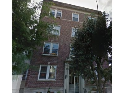 North Bergen Condo/Townhouse For Sale: 133 73rd St #9