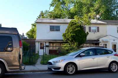 Jersey City Single Family Home For Sale: 52 Ocean Ave