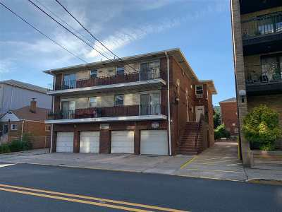North Bergen Condo/Townhouse For Sale: 9051 Palisade Ave #7