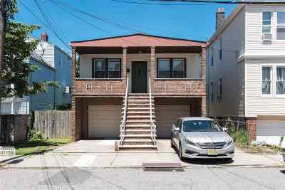 Bayonne Single Family Home For Sale: 29 Washington Parkway