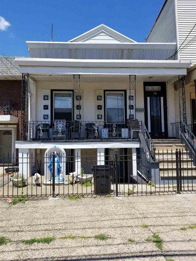 Jersey City Single Family Home For Sale: 130 Broadway