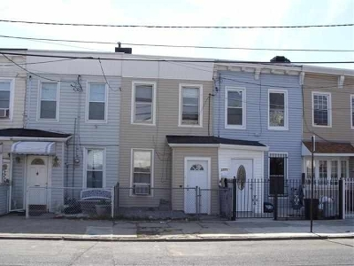 Jersey City Single Family Home For Sale: 377 Bramhall Ave