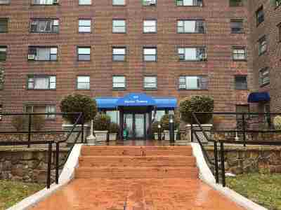West New York Condo/Townhouse For Sale: 6515 Blvd East #3Q