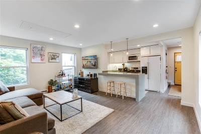 Edgewater Single Family Home For Sale: 55 Edgewater Pl