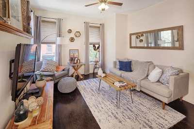 Hoboken Condo/Townhouse For Sale: 565 1st St #3