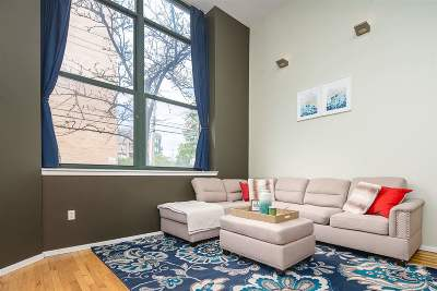 Weehawken Condo/Townhouse For Sale: 518 Gregory Ave #C213