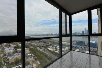 Union City Condo/Townhouse For Sale: 380 Mountain Rd #2002