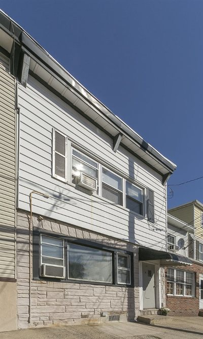 Bayonne Multi Family Home For Sale: 9 East 17th St