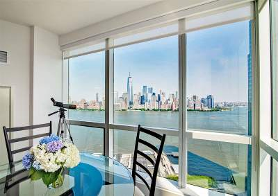 Jersey City Condo/Townhouse For Sale: 77 Hudson St #3409