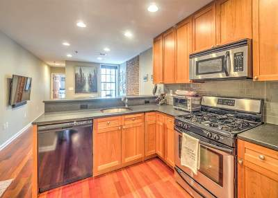 Hoboken Condo/Townhouse For Sale: 508 Grand St #4R