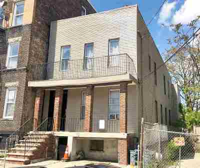 Union City Multi Family Home For Sale: 710 24th St