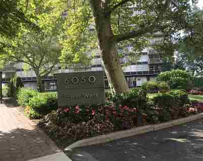 West New York Condo/Townhouse For Sale: 6050 Blvd East #2F