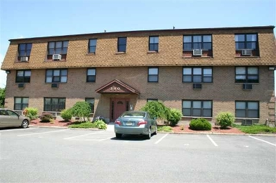 Secaucus Condo/Townhouse For Sale: 380 Front St #9
