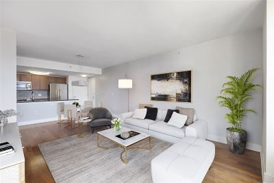 Jersey City Condo/Townhouse For Sale: 88 Morgan St #2503