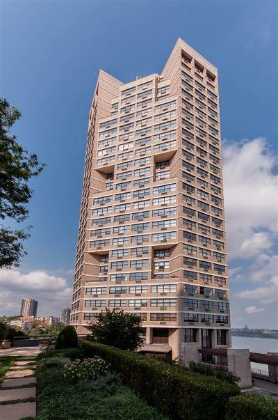 Guttenberg Condo/Townhouse For Sale: 7000 Blvd East #22J