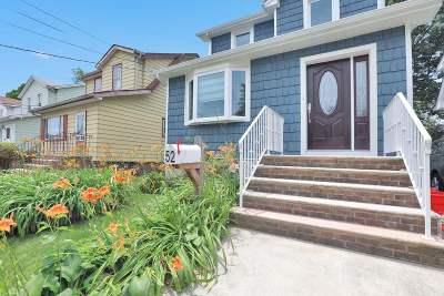 Cliffside Park Single Family Home For Sale: 52 Oakdene Ave