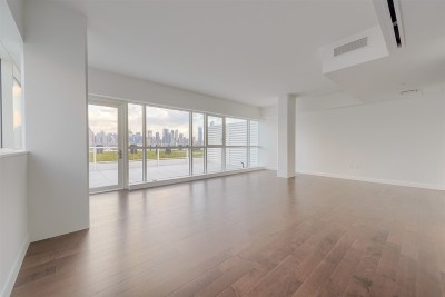 Weehawken Condo/Townhouse For Sale: 800 Avenue At Port Imperial #PH 1101