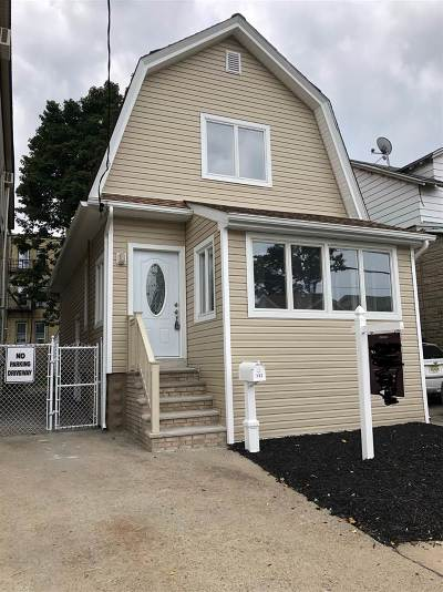 Bayonne Single Family Home For Sale: 132 West 55th St