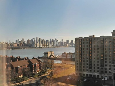North Bergen Condo/Townhouse For Sale: 8100 River Rd #810